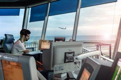 Enaire gestiona en Canarias un 54% menos de vuelos en julio