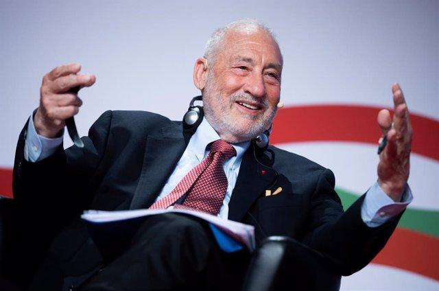 US Nobel Prize winner in Economics Joseph Stiglitz speaks during the European Trade Union Confederation (ETUC) congress