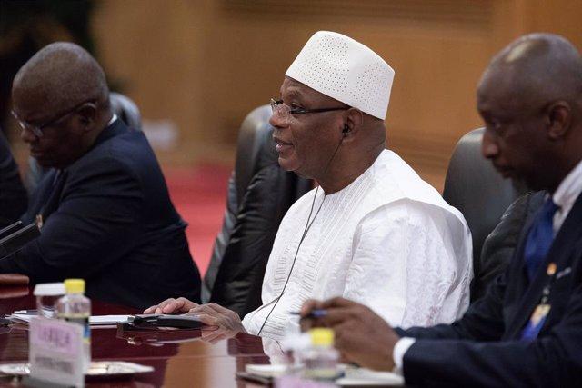 AMP.-Malí.-Miles de personas participan en nuevas movilizaciones en Bamako para
