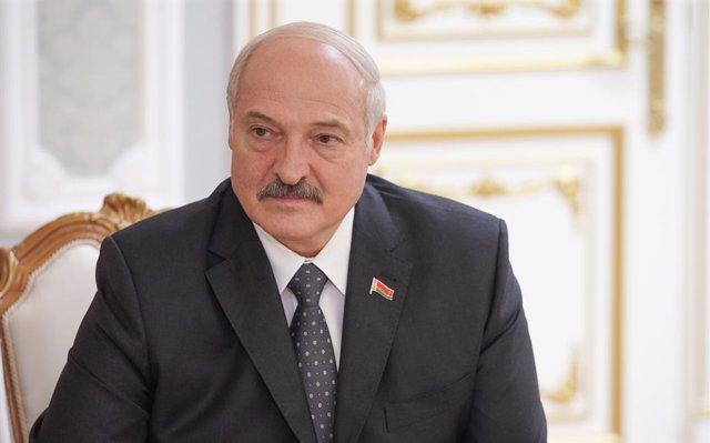 Bielorrusia.- La Policía dispara balas de goma y granadas aturdidoras en Minsk a