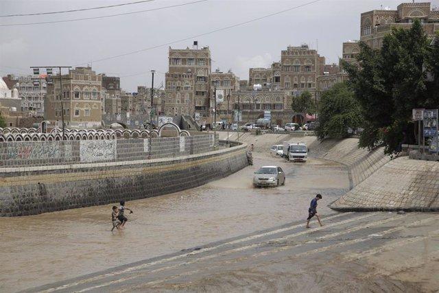 Inundaciones en la capital de Yemen, Saná