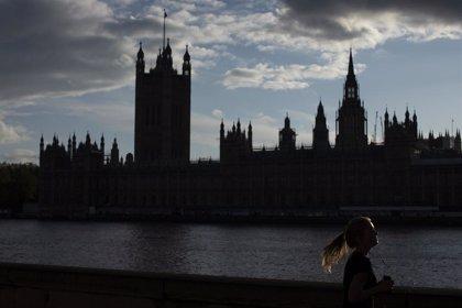 R.Unido.- Reino Unido entró en recesión en el segundo trimestre tras un desplome récord del 20,4% del PIB