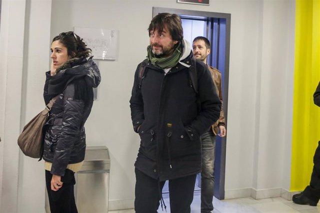 El diputado de Unidas Podemos, Rafa Mayoral, a su llegada a la reunión del Consejo Ciudadano Estatal (CCE) de Podemos donde se analiza el nuevo contexto político, en Madrid (España), a 17 de enero de 2020.