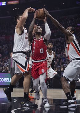 Baloncesto/NBA.- Lillard, segundo jugador de la NBA en anotar 60 o más puntos en