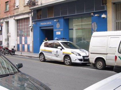 Críticas al Ayuntamiento por retirar los agentes de la Comisaría de Barrio de Villegas