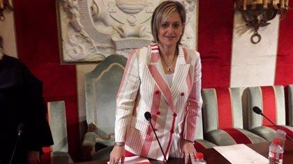 La alcaldesa de Camargo encarga informes a los técnicos para decidir sobre el remanente
