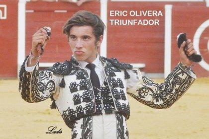 El alumno de Badajoz Eric Olivera triunfa en Navas de San Juan (Jaén) en el XXVI Ciclo de Novilladas de Andalucía