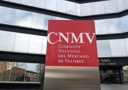 La CNMV advierte sobre 30 'chiringuitos financieros' y clones radicados en Reino Unido y Austria