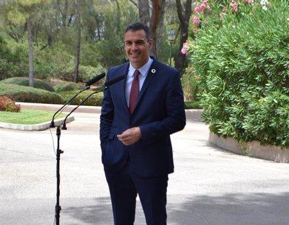 """Sánchez dice que la Airef """"no habla en nombre del Gobierno"""" en el informe que cuestiona el descuento de residente"""