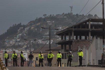 El ex presidente ecuatoriano Abdalá Bucaram, detenido por segunda vez en dos meses