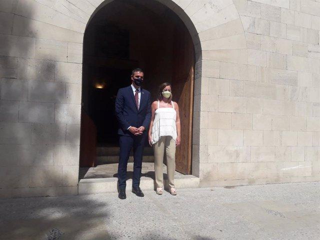 Sánchez llega al Consolat para reunirse con Armengol y analizar la situación de