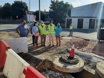 La Junta invierte 37.534 euros en la mejora del drenaje longitudinal en la travesía de Aguilar de la Frontera