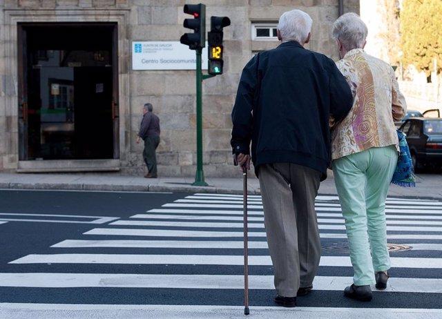 Ancianos, envejecimiento, salud, sanidad, edad, paseo, mayores.