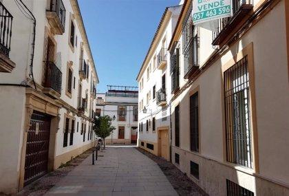 Los jóvenes españoles deben destinar el 60% de su sueldo para adquirir una vivienda, según un estudio