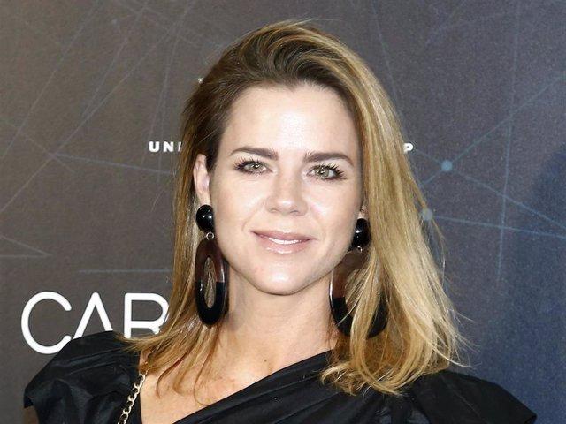 Amelia Bono posa sonriente en el concierto de Manuel Carrasco en el Wanda Metropolitano
