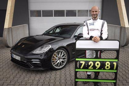 El Porsche Panamera logra el récord de vuelta en el circuito de pruebas Nürburgring antes de su estreno