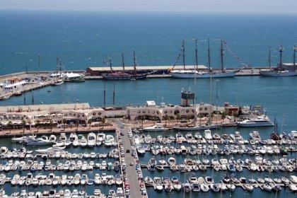 Desalojan otra discoteca del puerto de Alicante con 40 personas bailando en la pista