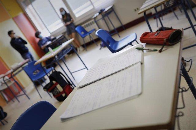 Imagen de recurso de un aula, instituto, colegio.