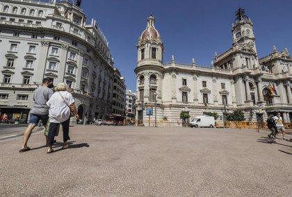 Ocio nocturno limitado a la 1.30 y reuniones hasta 15 personas solo en València