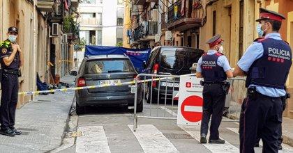 Tres muertos y un herido grave en un incendio en el barrio de Barceloneta de Barcelona