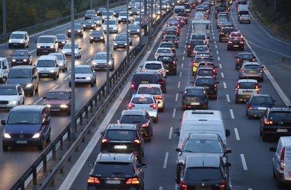 Parar cada dos horas y preparar la ruta antes de salir, entre las recomendaciones para viajar seguro