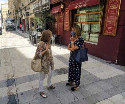 El Ayuntamiento de Zaragoza acondiciona las aceras para evitar resbalones en el entorno de la calle Don Jaime