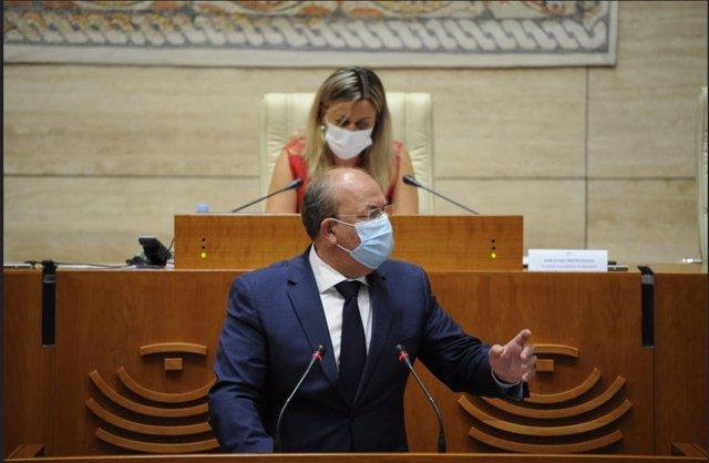 El presidente del  PP de Extremadura, José Antonio Monago, en la Asamblea, en una imagen de archivo.