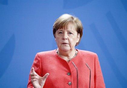 """Merkel condena """"la violencia brutal"""" exhibida por la Policía contra las protestas en Bielorrusia"""