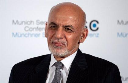 Ghani reconoce que las liberaciones de talibán con delitos de sangre son tan necesarias como peligrosas