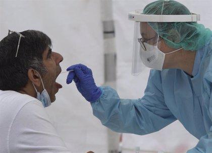 """CCOO ve una """"barbaridad"""" realizar PCR aleatorios y pide a Escudero que """"deje de dar palos de ciego"""""""