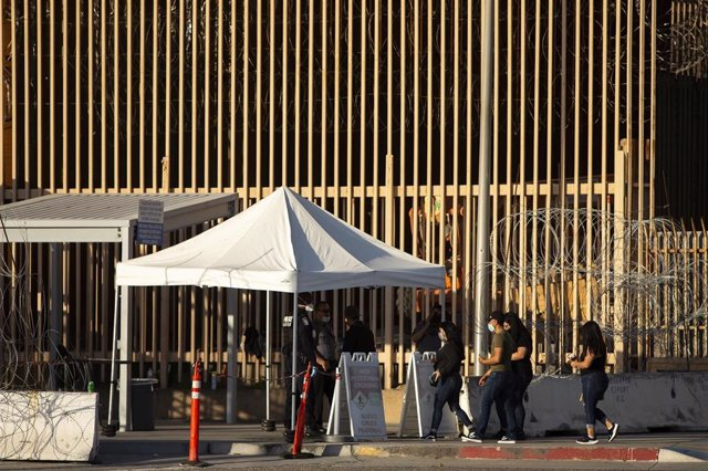 Muro en la frontera entre México y EEUU.