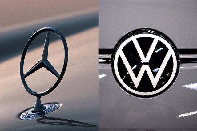 Logos de Mercedes-Benz (Daimler) y de Volkswagen.