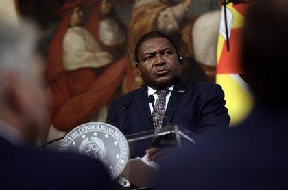 El presidente de Mozambique visita Cabo Delgado tras la reciente ofensiva de Estado Islámico en Mocimboa da Praia