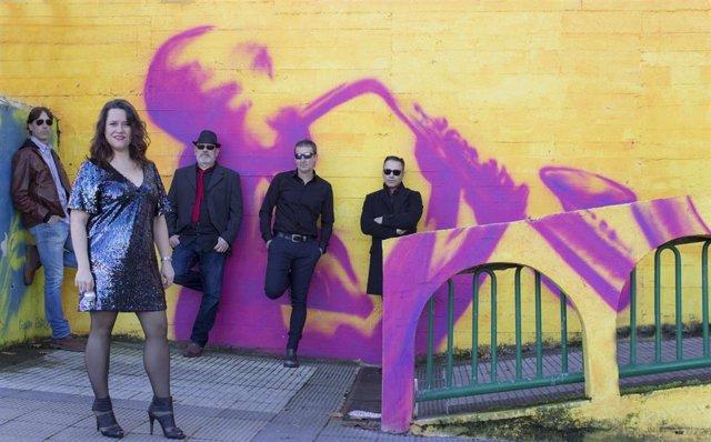 La banda The Mirrorballs