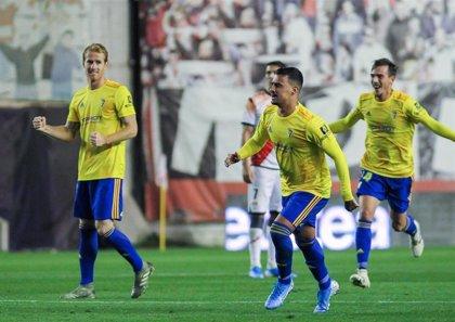 Nano Mesa jugará en el Cádiz las próximas cuatro temporadas