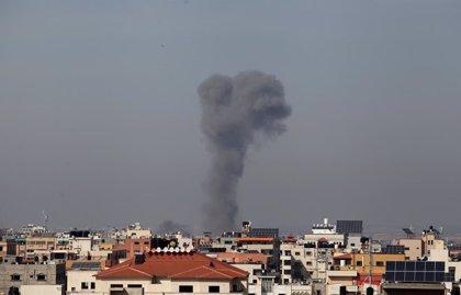 O.Próximo.- Israel asegura haber bombardeado objetivos de Hamás en Gaza tras el lanzamiento de globos incendiarios