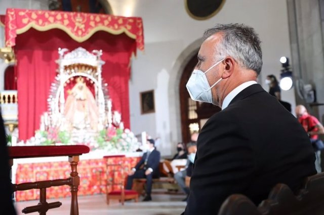 El presidente de Canarias, Ángel Víctor Torres, asiste al día de la Virgen de Candelaria