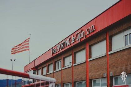 Un caso positivo de COVID-19 en el Sporting de Gijón
