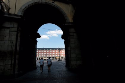 UE.- Países Bajos extiende la cuarentena a viajeros de siete zonas de España, entre ellas Madrid, Ibiza y Mallorca