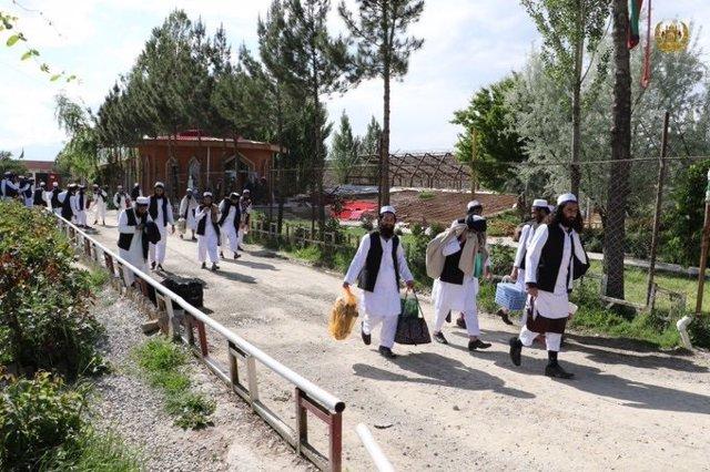Prisioneros talibán liberados
