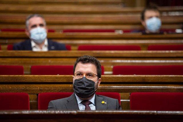 El vicepresident de la Generalitat, Pere Aragonès, durante un pleno de control al Gobierno de la Generalitat, marcado principalmente por la gestión del COVID-19, en el Parlamento catalán, en Barcelona, Cataluña (España), a 22 de julio de 2020.