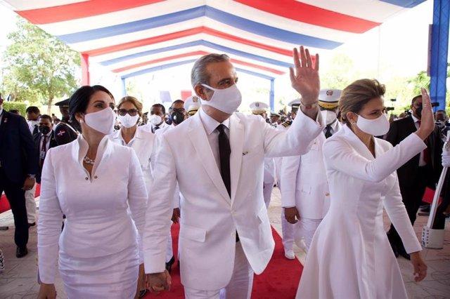 R.Dominicana.- Luis Abinader jura su cargo como presidente de R.Dominicana en el