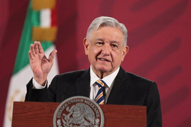Coronavirus.- López Obrador señala que la vacuna contra la COVID-19 en México pu