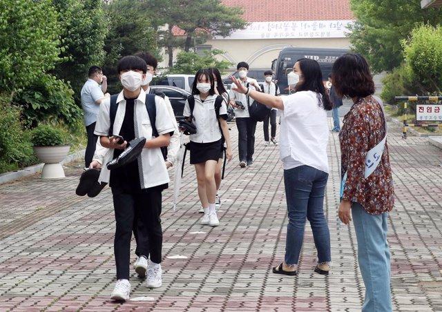 Coronavirus.- Corea del Sur roza 200 nuevos casos relacionados con el rebrote de