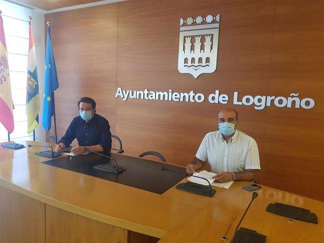 El concejal de Participación Ciudadana, Kilian Cruz, junto al jefe de Unidad de Infancia y Juventud, Alberto Martínez
