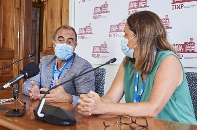 Marcos López Hoyos, presidente de la SEI Jefe de Servicio de Inmunología y director Científico Hospital Universitario Marqués de Valdecilla (IDIVAL) y Carmen Cámara Hijón, secretaria de la SEI