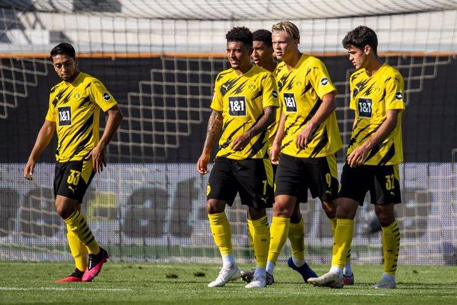 Fútbol.- El Borussia Dortmund sufre pérdidas económicas por primera vez en diez