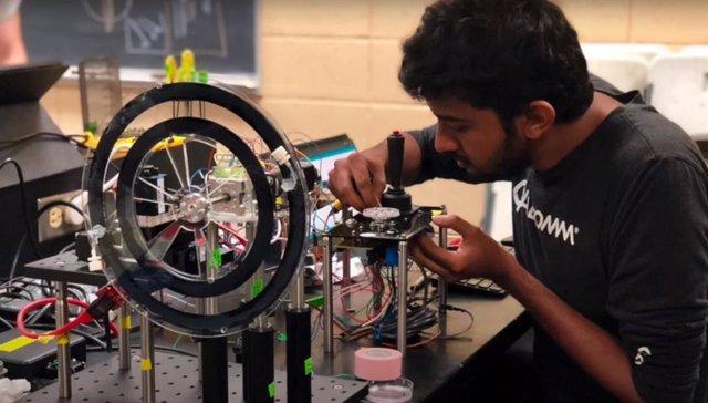 Un microscopio giratorio abre nueva vía para estudiar la vida marina