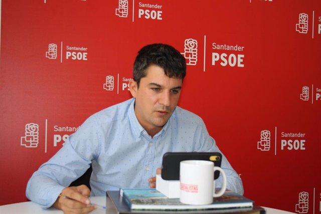 El portavoz del PSOE en el Ayuntamiento de Santander, Daniel Fernández