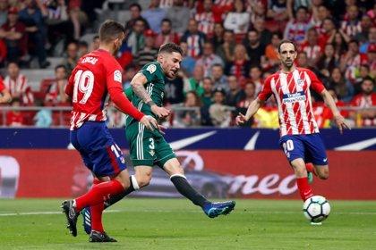 Javi García deja el Betis pese a tener un año más de contrato